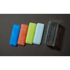 Kleermakerskrijt 4 kleuren in plastic doosje